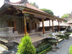 Mengwi Palace